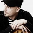 Pressmeddelande februari 2011 För knappt ett år sedan roterade Kaj Pousárs första singel För Längtans Skull på flera radiostationer över hela Sverige. Nu släpper Kaj uppföljaren Se Mej som är […]