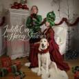 """Artisten och låtskrivaren Judith Owen och hennes man, skådespelaren Harry Shearer (The Simpsons, Spinal Tap) önskar God jul med att släppa deras julsång """"The Best Things"""" som är hämtad från […]"""