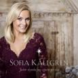 """Sofia Källgren har ihop med producenterna och låtskrivarna Jakob Olofsson och Peer Åström (Celine Dion, Madonna m.fl.) gjort julskivan """"Julen skynda jag väntar på dig"""". Albumet består av fyra […]"""